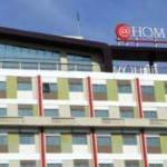 HOTEL DI SEMARANG : @Hom Ajak Pengayuh Becak Pesantren Kilat