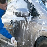TIPS OTOMOTIF: Mobil Baru Tak Boleh Dicuci, Mitos atau Fakta?