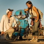 SEPEDA MOTOR VESPA:Transformers 5 Kenalkan Squeeks Si Robot Vespa