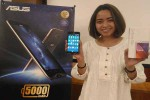 Smartphone Asus Zenfone Max hadir dengan kapasitas baterai 5.000 mAh dan dapat digunakan untuk powerbank. (Bernadheta Dian Saraswati/JIBI/Harian Jogja)