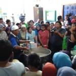RAMADAN 2016 : Bersilaturahmi Sembari Menikmati Bubur Banjar di Masjid Darussalam