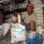 KEBUTUHAN POKOK SOLO : Harga Gula Kembali Merangkak Naik Menjadi Rp14.000/Kg
