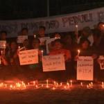 NASIB TKI : Nyalakan Lilin, Warga Ponorogo Berharap Rita Lolos dari Hukuman Mati