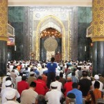 Jemaah salat Jumat berjubel di Masjid Agung Al Aqsha Klaten, Jumat (3/6/2016). Ribuan warga langsung memadati masjid saat salat Jumat perdana, Jumat (3/6/2016). (Ponco Suseno/JIBI/Solopos)