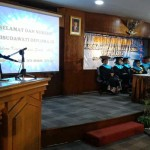 Koordinator Kopertis V Bambang Supriyadi memberikan sambutannya di hadapan wisudawati dan Senat Akademik AKS 'AKK' Yogyakarta, Sabtu (4/6/2016). (foto istimewa)