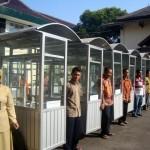 UMKM SRAGEN : 26 PKL Peroleh Gerobak dari Dana Bagi Hasil Cukai
