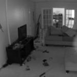 Bulatan putih misterius di ruang bawah tanah (Mirror)