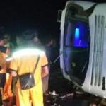 KECELAKAAN MAUT : Bus Tabrak Truk di Batang, 6 Orang Meninggal
