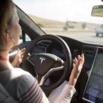 MOBIL TESLA : Autopilot Tesla Renggut Nyawa