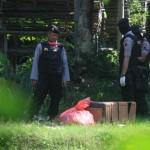 PENGGEREBEKAN DENSUS 88 : Berburu Terduga Teroris Hingga ke Kandang Ayam Tulung Klaten, Ini yang Didapat