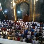 Jamaah mendengarkan khutbah saat digelar Salat Id di Masjid Agung Al Aqsha, Rabu (6/7/2016) pagi. (Taufiq Sidik Prakoso/JIBI/Solopos)