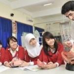 Suasana belajar di Semesta Bilingual Boarding School yang dalam situs resmi sekolah itu digambarkan diampu pengajar asing. (semestaschool.sch.id)