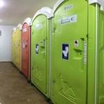 Toilet warna-warni di Bandara Adisutjipto (foto istimewa)