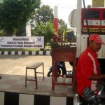 BAHAN BAKAR MINYAK : Larang Beli Bensin dengan Jeriken, SPBU Jetak Sragen Diprotes Petani
