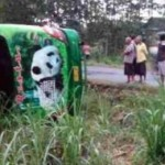 KECELAKAAN PONOROGO : Bus Restu Terguling di Jenangan