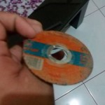 Gerinda keramik ini dikira CD. (Istimewa)