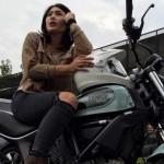 Artis Nabila Putri menunggang Ducati Scrambler. (Instagram.com)