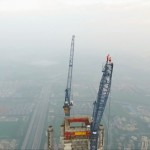 Ivan dan Angela sukses panjat gedung 640 meter. (Youtube.com)