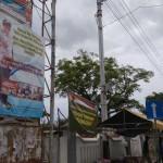 Baliho bergambar Hasto Wardoyo dan Sutedjo dari SKPD masih terpajang di salah satu sudut di Kota Wates, Kamis (25/8/2016). (Harian Jogja/ Sekar Langit Nariswari)