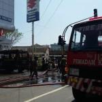 KEBAKARAN PACITAN : Mobil Dinas Kodim Terbakar Saat Hendak Mengantar Orang ke Banjarsari