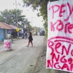 INFRASTRUKTUR BOYOLALI : Warga Gagaksipat Pasang Tong di Tengah Jalan, Ini Penyebabnya