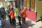 Kedua pelaku pencurian berinisial SDB dan MLY diglandang petugas Polsek Kretek untuk selanjutnya dilakukan penyelidikan lebih lanjut, Jumat (26/8/2016) (Irwan A.Syambudi/JIBI/Harian Jogja)