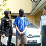 Muhammad Riki (baju tahanan) pelaku pencurian ditangkap Polsek Laweyan, Rabu (7/9/2016). (Muhammad Ismail/JIBI/Solopos)