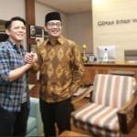 PILKADA JABAR : Elektabilitas Ridwan Kamil Tertinggi, Tapi Kalah Populer dari Desy Ratnasari