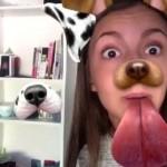 Kilyane Revel saat bermain Snapchat muncul wajah anjing di sebelahnya. (Twitter/Kilyane)