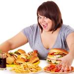 TIPS KESEHATAN : 7 Tanda Kecanduan Makanan Ini Tak Bisa Diabaikan