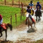Foto Pacuan Kuda Piala Wali Kota di Semarang