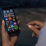 Bikin Ponsel Lagi, Microsoft Produksi Smartphone Layar Ganda