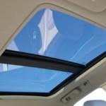 TIPS OTOMOTIF : Awas Bocor, Begini Cara Rawat Sunroof Mobil yang Benar