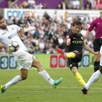 Swansea City vs Manchester City. (Reuters / Andrew Couldridge)