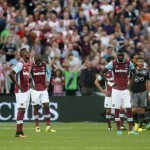Reaksi pemain West Ham United saat gawangnya kebobolan. (Reuters / Matthew Childs)