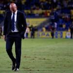 Pelatih Real Madrid, Zinedine Zidane. (REUTERS/Juan Medina)
