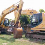 Dua ekskavator disita di Mapolres Sragen setelah digunakan untuk menambang di Desa Kalikobok, Tanon, Sragen. Foto diambil Selasa (20/9). (Moh. Khodiq Duhri/JIBI/Solopos)