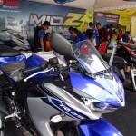 Berbagai produk sepeda motor Yamaha keluaran terbaru dipamerkan di lapangan pakir stadion Manahan, Solo, Minggu (25/9/2016). Dalam acara tersebut juga digelar kontes modifikasi, panggung hiburan dan nonton bareng Moto GP. (Sunaryo Haryo Bayu/JIBI/Solopos)