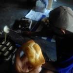 KULINER KULONPROGO : Roti Kolombeng, Roti dari Jaman Dulu