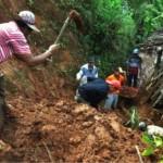 BENCANA KULONPROGO : Tebing 250 Meter Longsor Menimbun Rumah