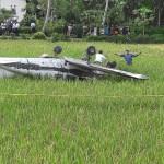 Pesawat jenis Viper Warrior Nomor PK-BH yang terjatuh di area persawahan milik warga di Dusun Tunggul Wulung RT 001/RW 002, Desa Tritih Lor, Kecamatan Jeruk Legi, Kabupaten Cilacap, Rabu (19/10/2016) pagi. (JIBI/Semarangpos.com/Istimewa-Humas Polda Jateng)