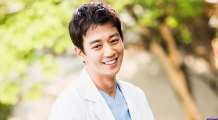 "DRAMA KOREA : Kim Rae Won ""Dokter Hong"" Sambangi Malaysia"