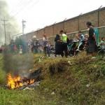 PENCURIAN SUKOHARJO : Dimassa di Manang, Sepeda Motor Pencuri Dibakar Warga