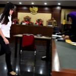 """Ayah Mirna Mengaku Pernah Dicari Saksi """"Plastik Hitam"""", Ini Jawabannya"""