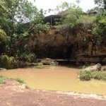 Situasi di area masuk Gua Pindul terlihat sepi dan tidak ada seorang pun yang beraktivitas di salah satu destinasi unggulan di Gunungkidul ini. Selasa (11/10/2016). (David Kurniawan/JIBI/Harian Jogja)