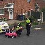 KISAH UNIK : Kendarai Mobil Mainan, Bocah Balita Dites Alkohol
