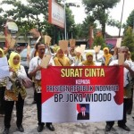 KEPEGAWAIAN KARARANGANYAR : Tenaga Honorer Ramai-Ramai Surati Jokowi