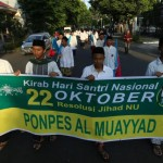 Gelar Kirab Hari Santri, Kader NU Solo Susuri Sejumlah Ruas Jalan