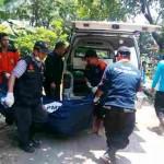 Mayat Pria Mengambang Bersama Tumpukan Sampah di Bengawan Solo