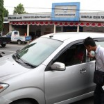 PENCURIAN KARANGANYAR : Pencuri Bermodus Pecah Kaca Mobil di Jaten Sangat Nekat